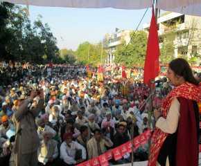 Brinda Addressing Meeting at Jalandhar
