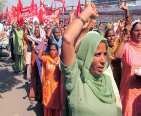Women Proceeding to the Ludhiana Meeting