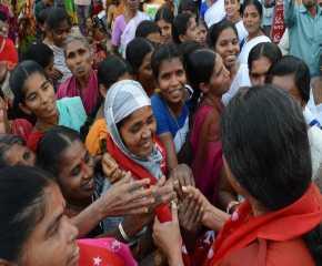 Sudha Meeting women at Kamareddy