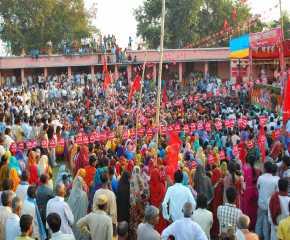 People at the Madhubani Meeting