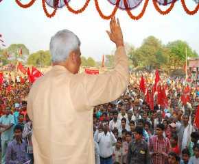 Prakash Karat Greeting the Crowd at Madhubani