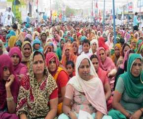 A section of women at Hanumangarh