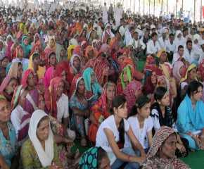 Women at the Gharsana Meeting