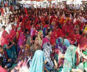 Women At the Sikar Meeting