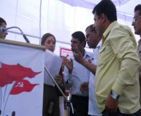 State Govt Employees Giving Memo to Brinda at Hissar