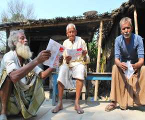 People Reading the Jatha Booklet at Begusarai