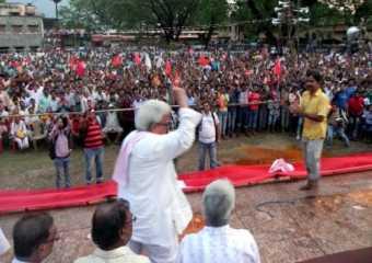 Com.Biman Basu at a public meeting in Baharampur.