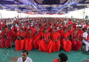 A massive rally being addressed by Com. by G V Sreerama Reddy in Chikballapur