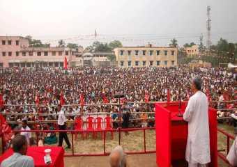 Com. Manik Sarkar addressing mass meeting in Nadia.