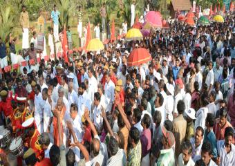 People at the Kottayam Meeting