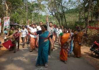 Com Sreemathi campaigning in Kannur constituency in Kerala
