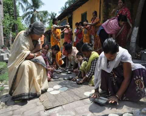 Com Subhashini Ali visting a papar making unit during her campaign in Barrackpur