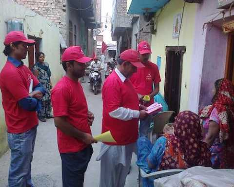 Door to door campaign in support of Com Ram Kumar Bahbalpuria in Sirsa, Haryana