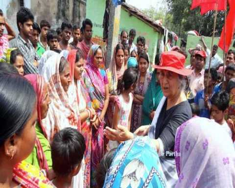 Com Subhashini Ali campaigning in Barrackpur constituency