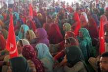 Women at the Oklana Meeting
