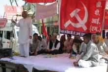 Hannan Mollah Addressing the Meeting at Sikar