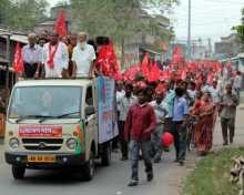 Com. Debesh Das campaigning in Gayeshpur.