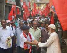 Com. Sreedip Bhattacharya campaigning in Belur Bhote Bagan area of Howrah PC.
