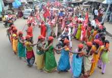 Women campaigning for Com. Midiam baburao in Araku
