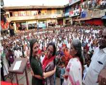 Com Brinda Karat campaigning for CPIM candidate P.K.Sainaba in Malappuram constituency, Kerala
